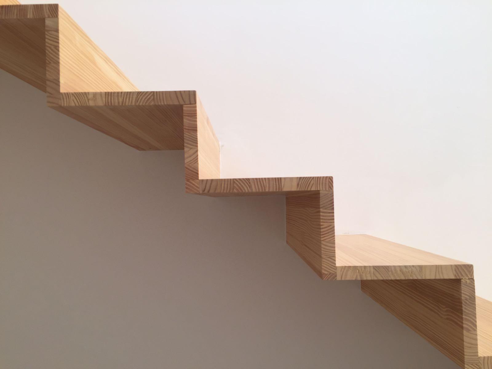 Barnizar madera for Como barnizar madera