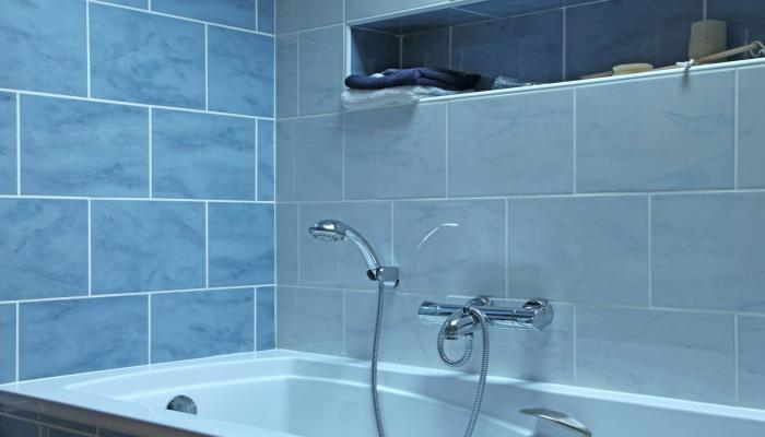 Pintar azulejos ba o for Articulos del bano
