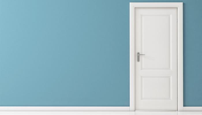 Pintar puertas for Cuanto cuesta una puerta de madera