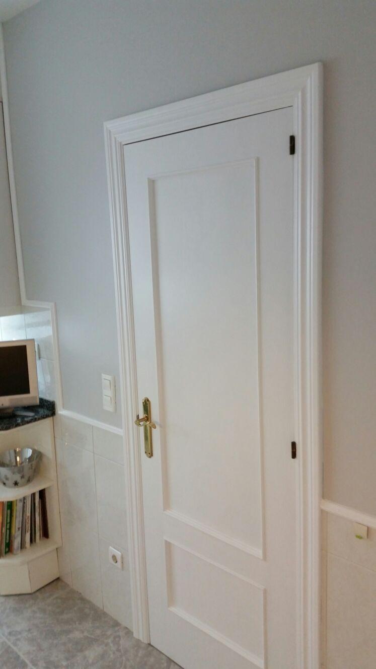 Pintar puertas de madera for Cuanto cuesta una puerta de madera